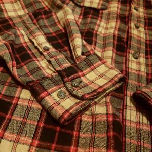 Faded Glory Shirts - 💕3/$15💕 Faded Glory Flannel Button Down